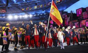 2016 Rio Olympics - Opening ceremony - Maracana - Rio de Janeiro  Brazil - 05 08 2016  Rafael Nadal  ESP  of Spain carries their flag in the opening ceremony    REUTERS Stefan Wermuth  FOR EDITORIAL USE
